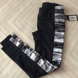 PrismSport Black Leggings w Side Panel & Pockets